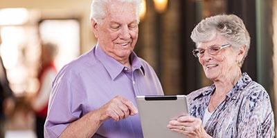 Older-couple-with-iPad-400x200